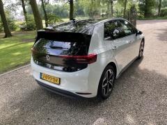 Volkswagen-ID.3-6