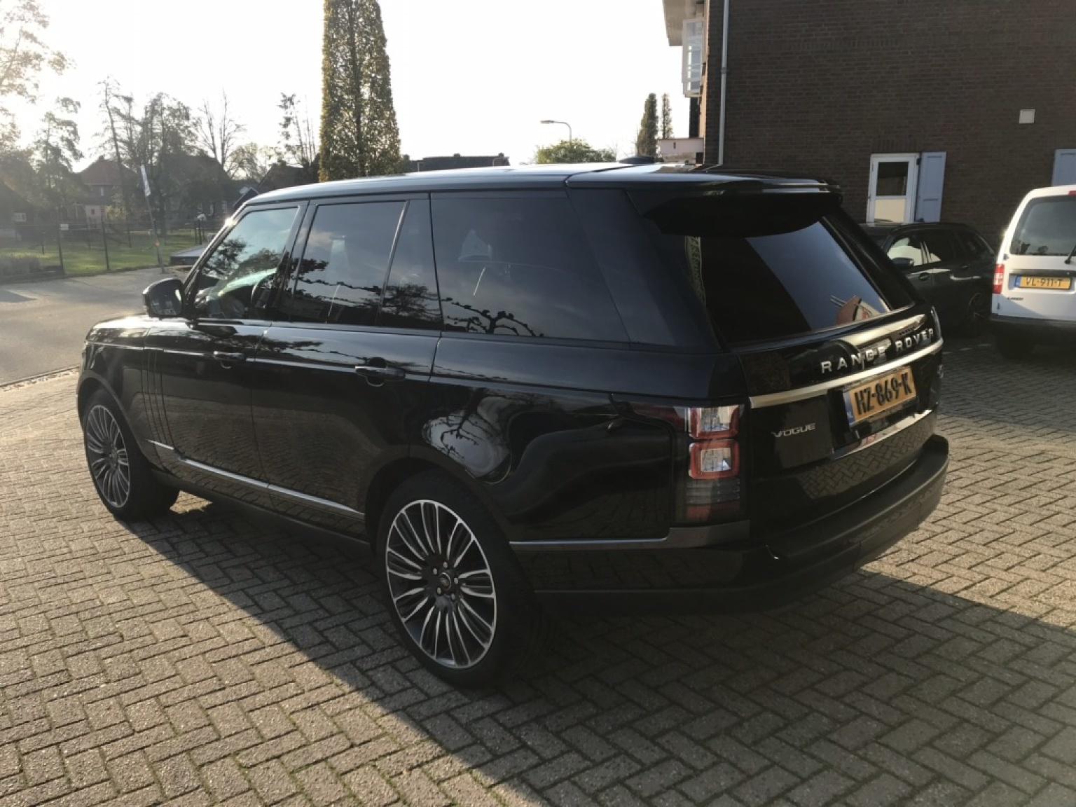 Land Rover-Range Rover-35