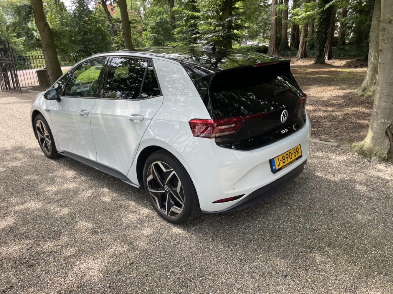 Volkswagen-ID.3-8